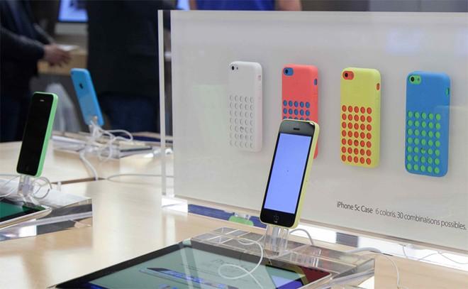 Vinaphone ban Iphone 5C gia 8,5 trieu