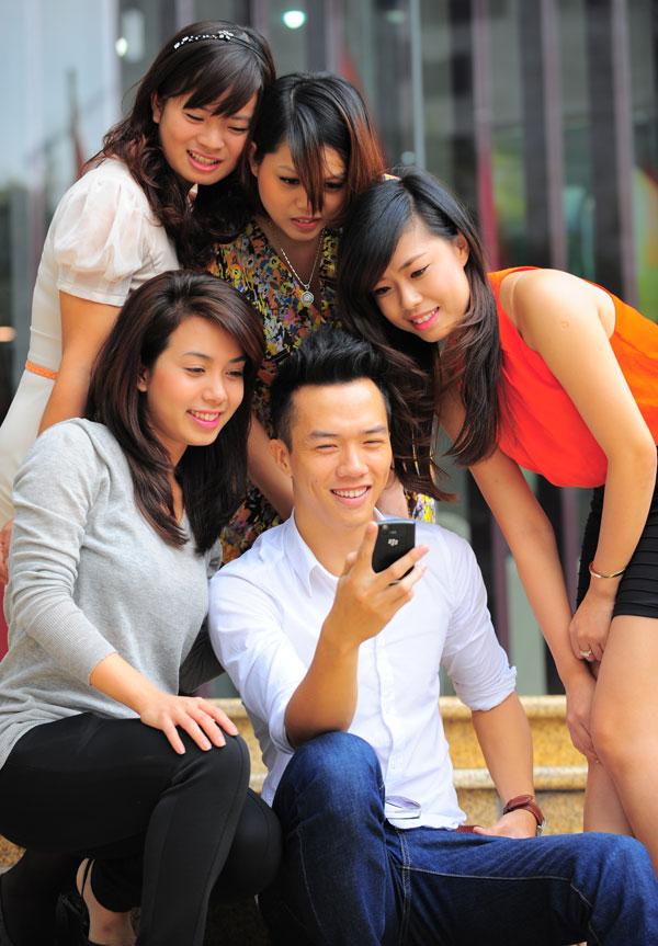 Khuyen mai Vinaphone cho Ca nhan TPHCM 10/2014